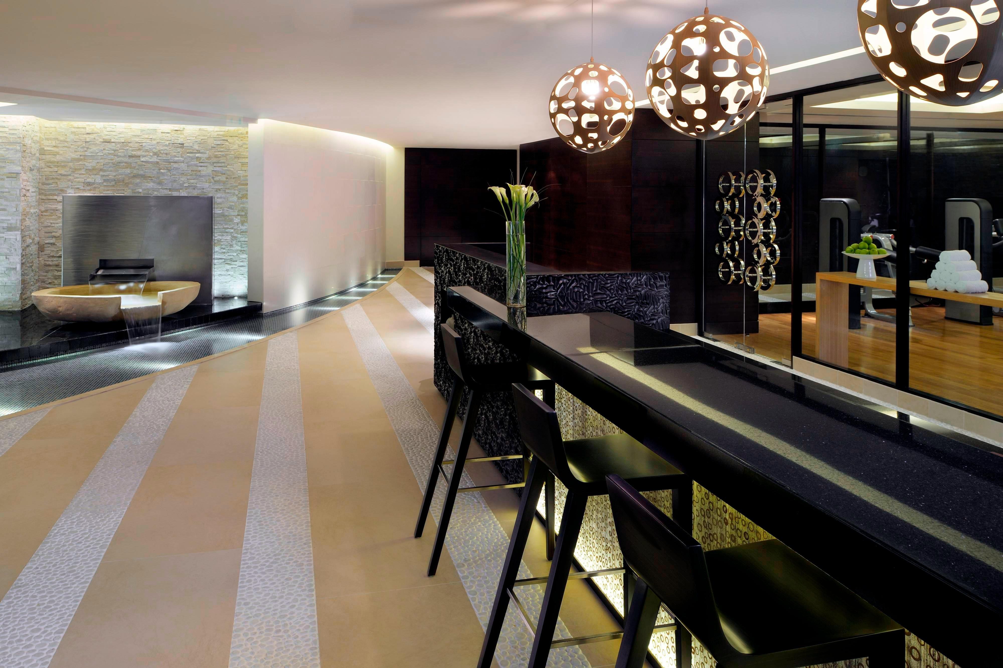 Dubai hotel with spa