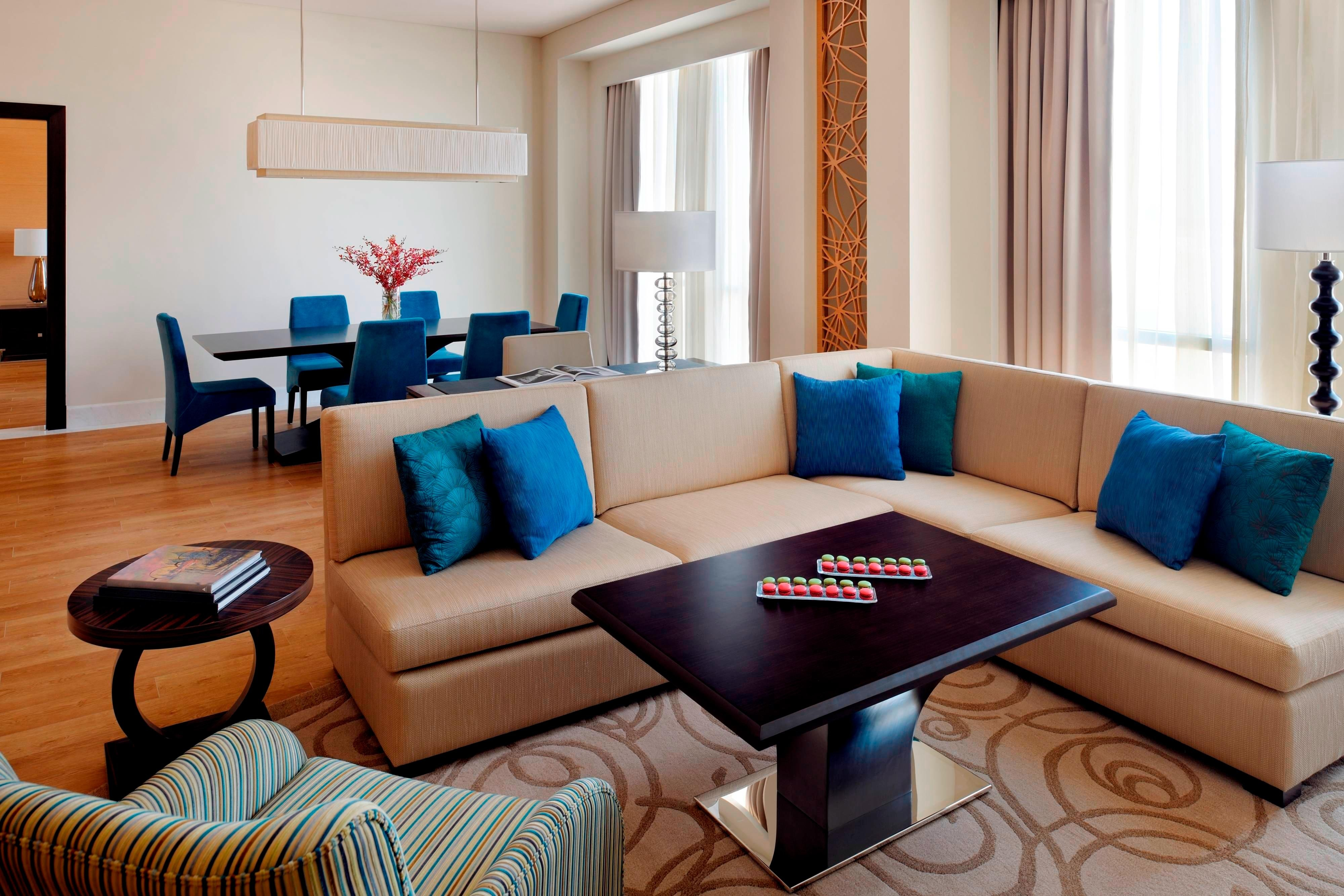 Zabeel Suite – Living & Dining Area