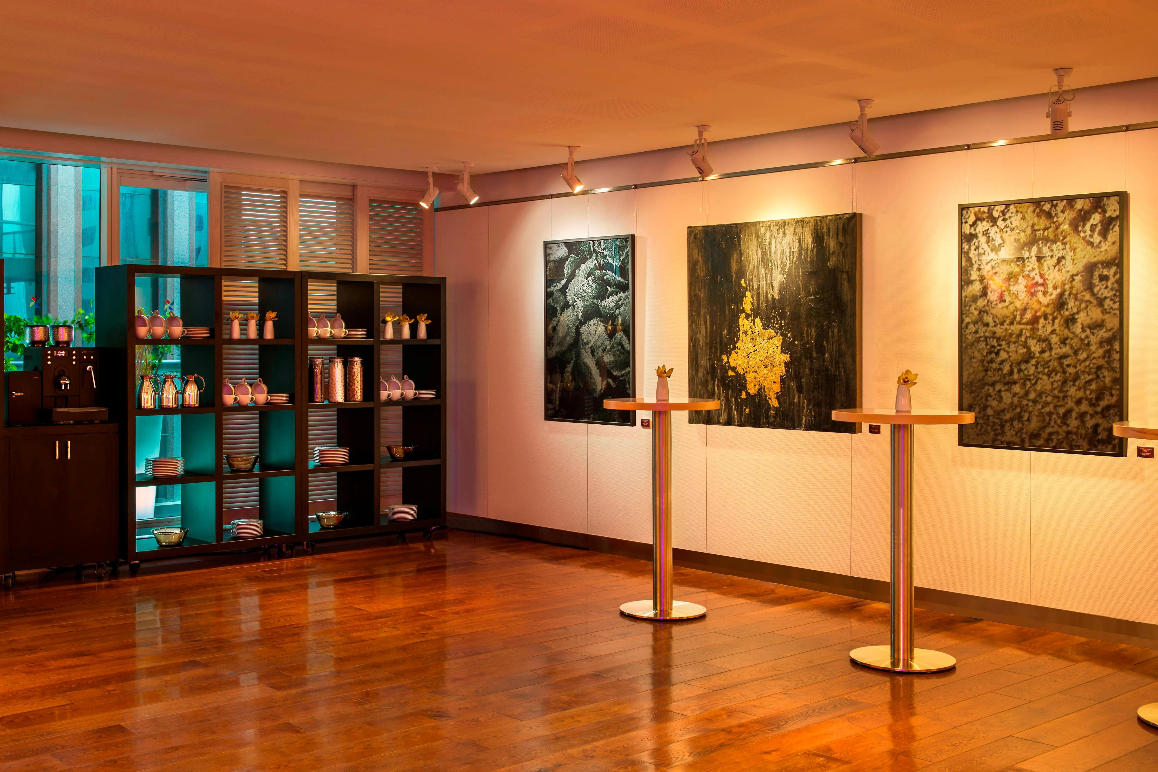 Z Gallery