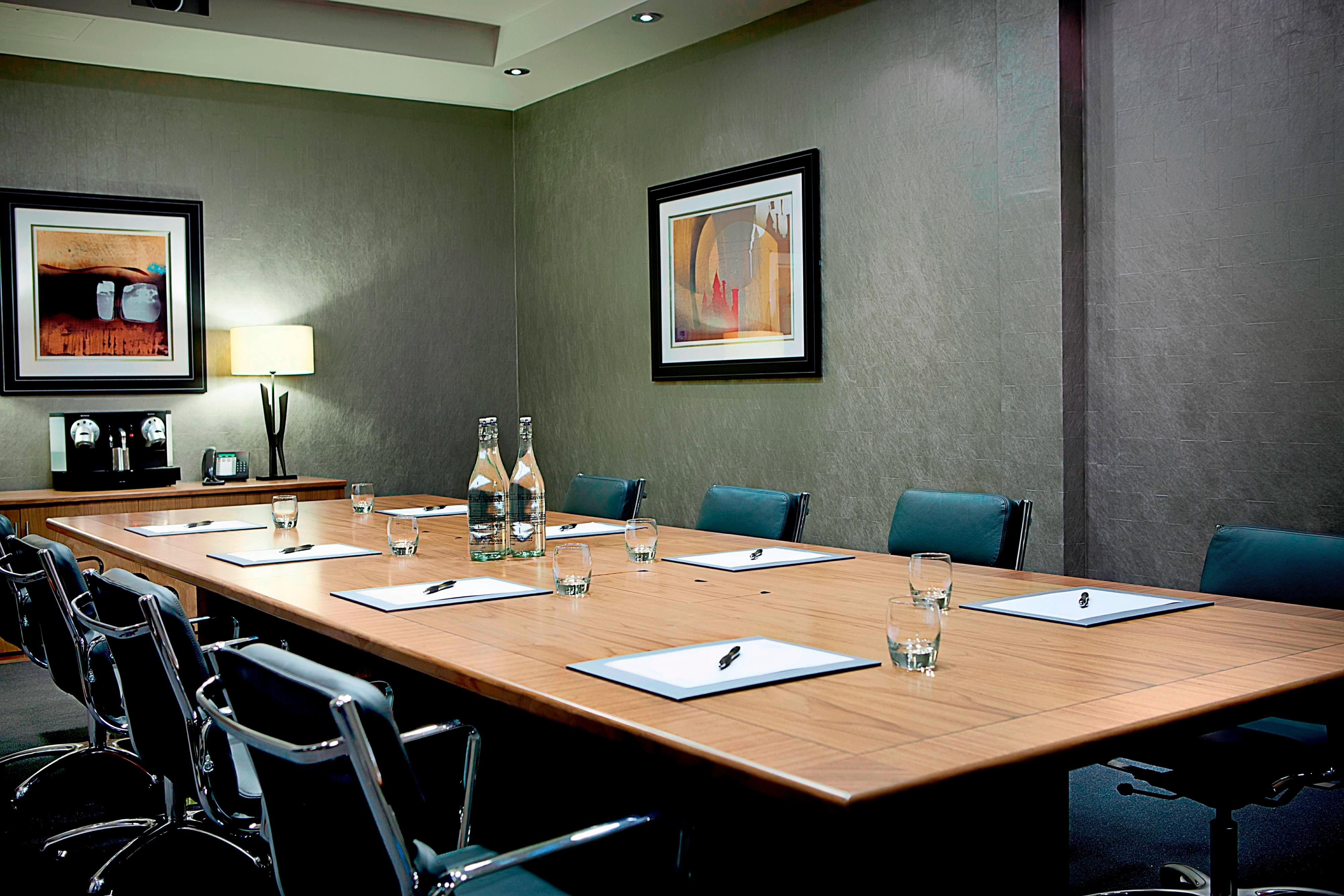 Edinburgh Meeting Room
