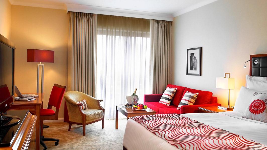 Edinburgh Marriott Deluxe Room