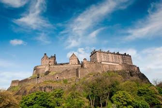 Edinburgh Castle hotel city centre