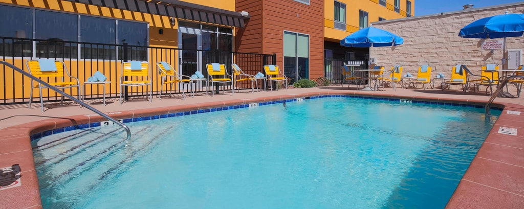 El Paso Hotel Outdoor Pool