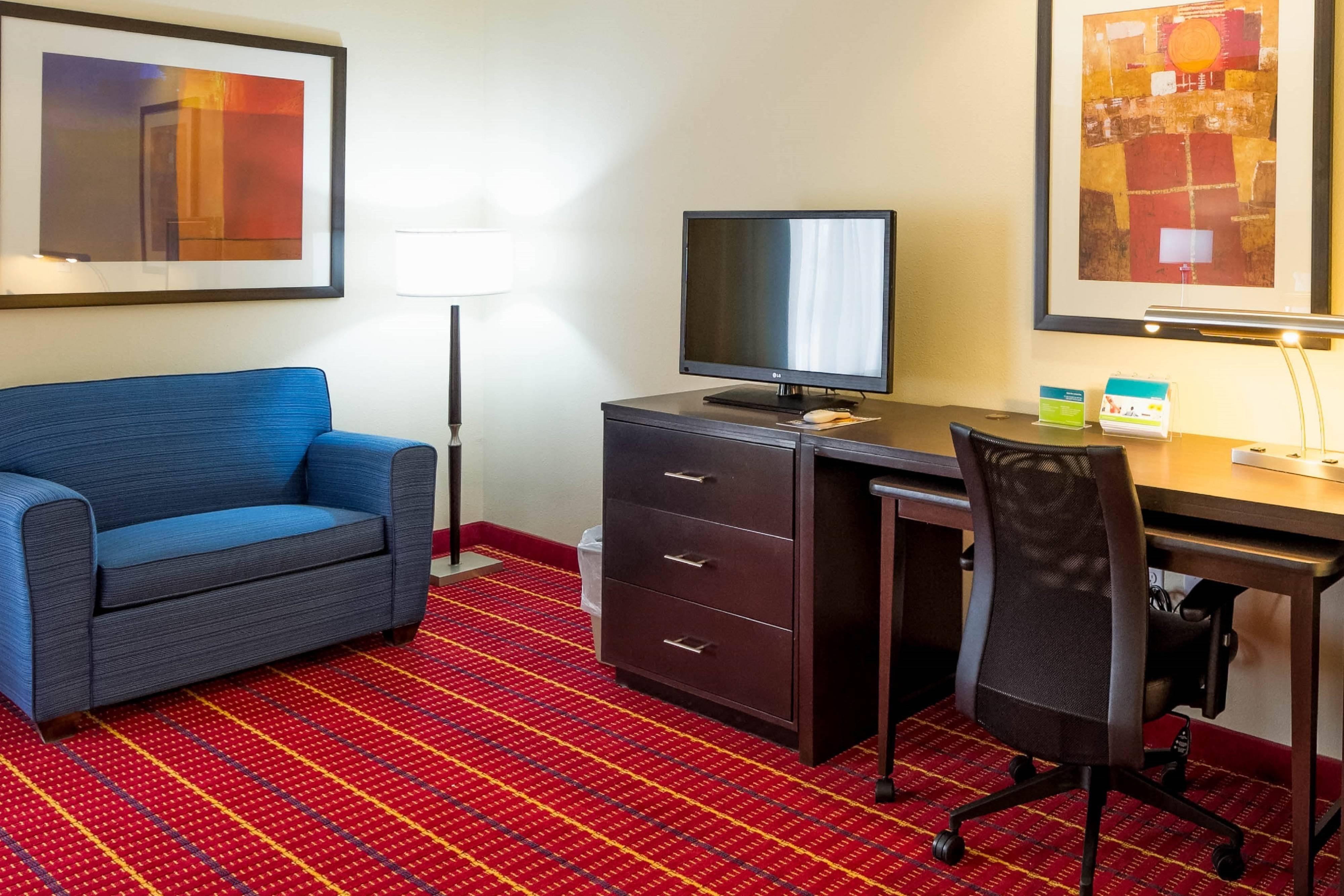 El Paso Hotel Suites