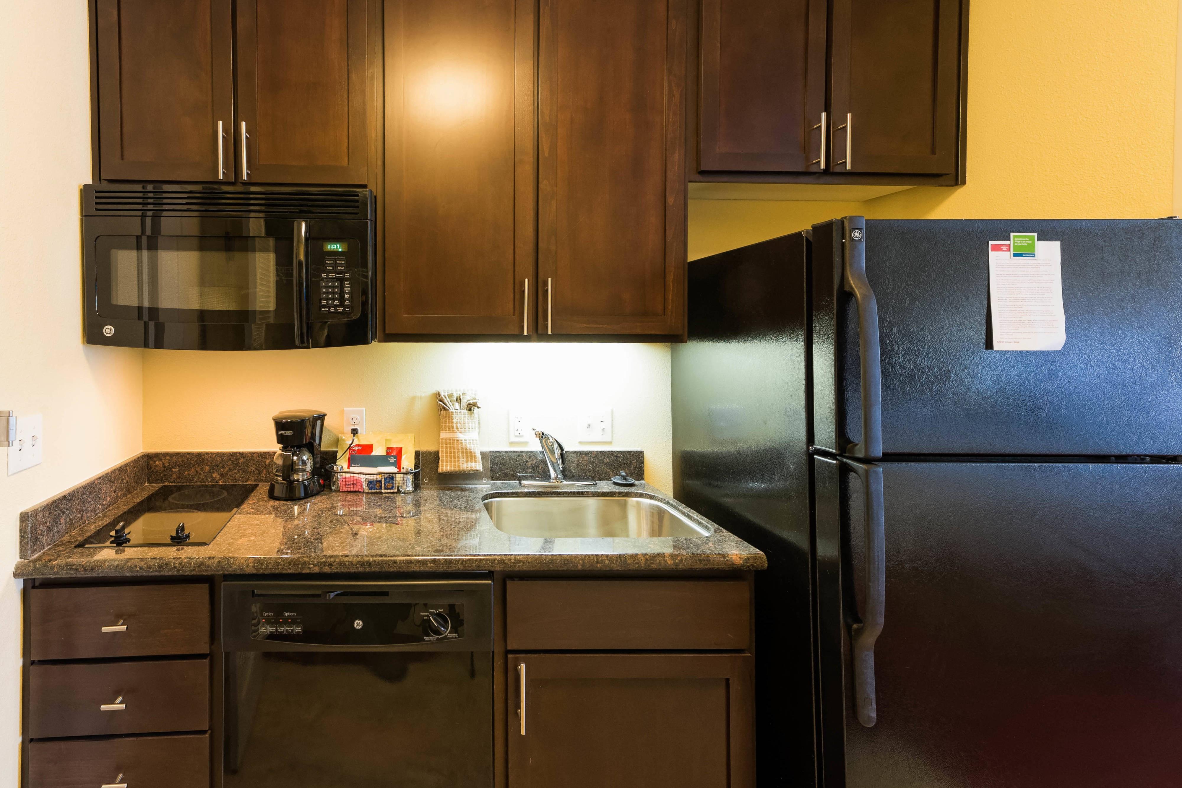 Suite Kitchen in El Paso
