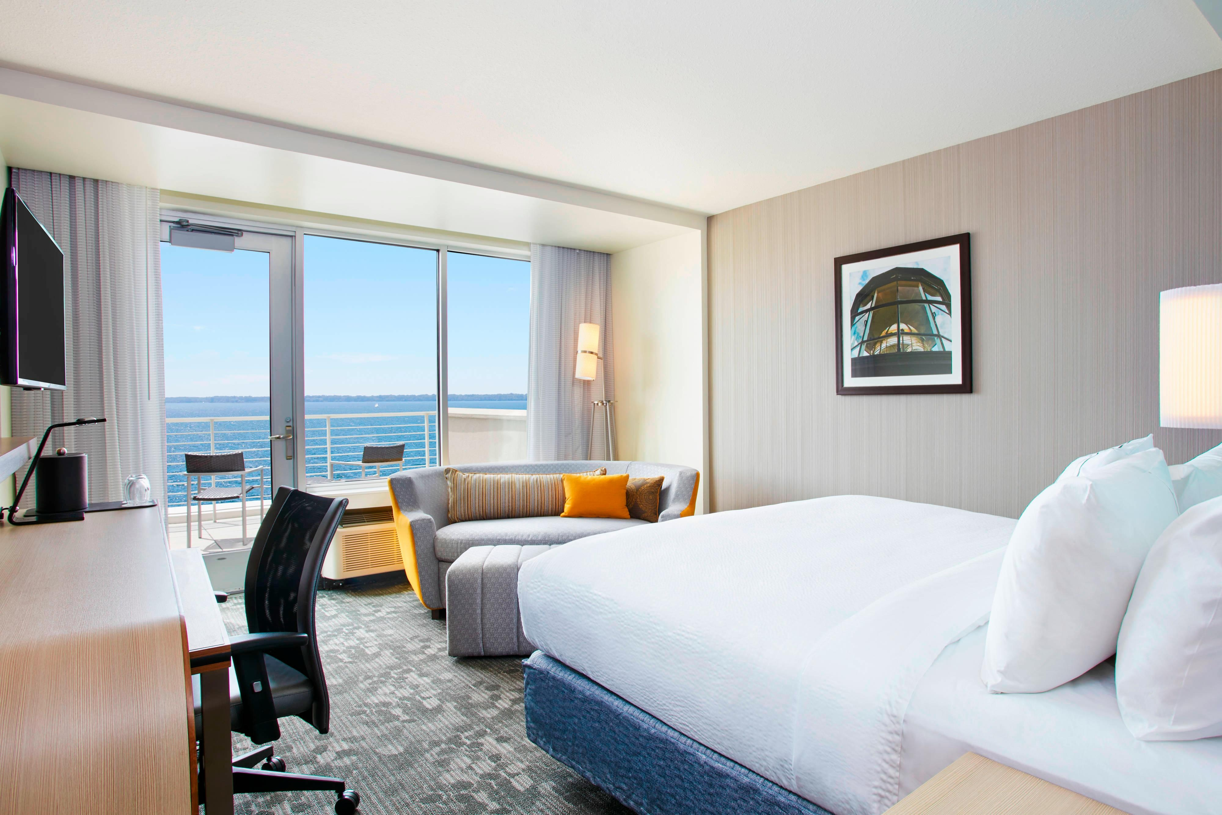 Bayview King Balcony Guest Room