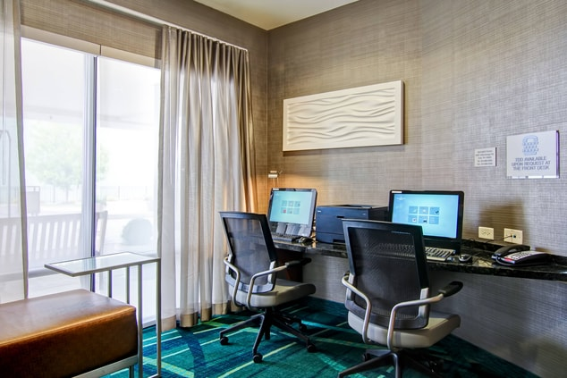 business hotels erie pa