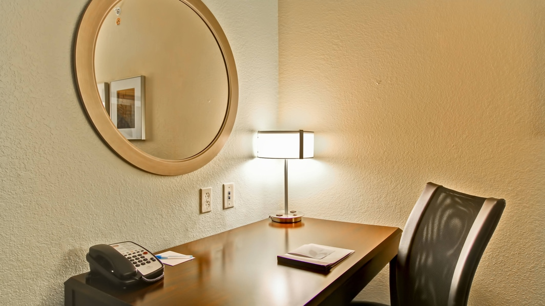 hotels erie pa suites