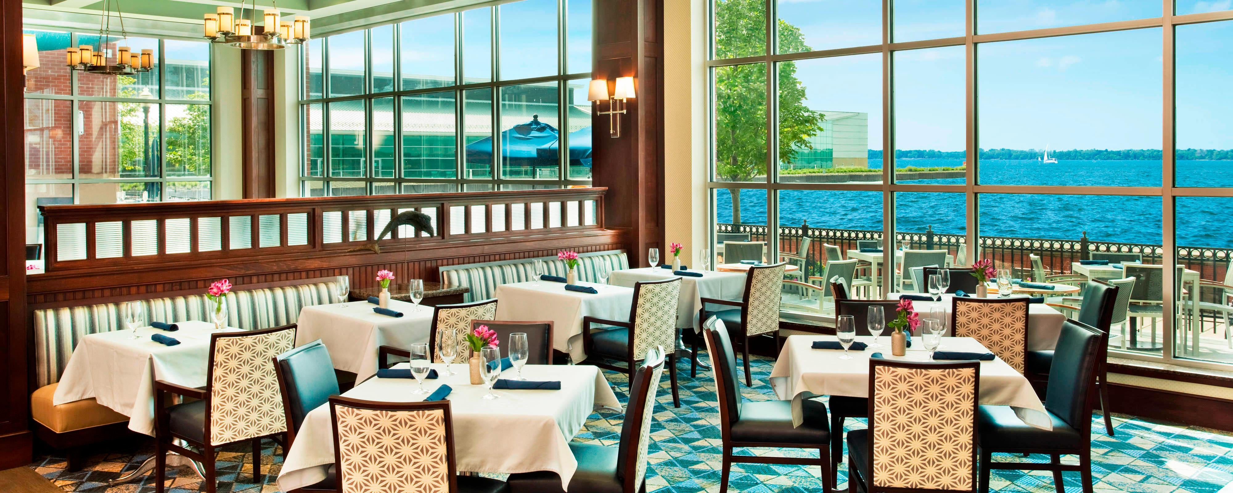 Erie Hotel Restaurants And Lounges Sheraton Erie Bayfront Hotel