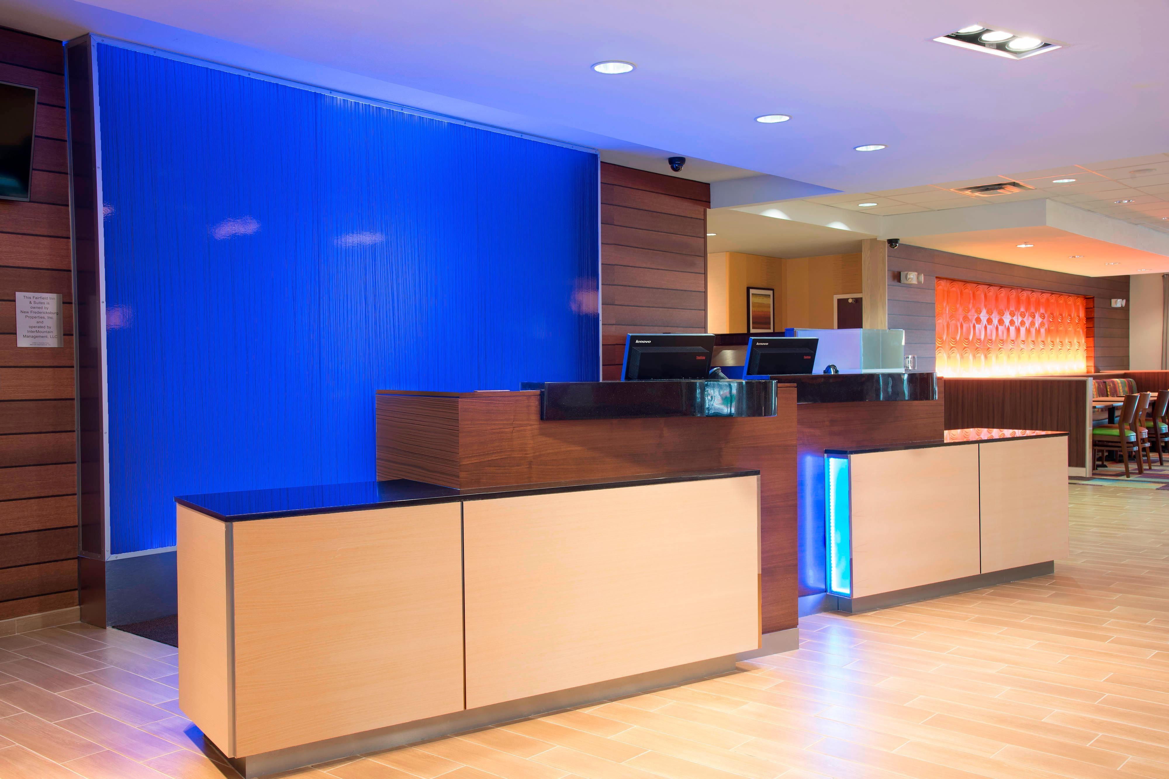 Fairfield Inn & Suites Fredericksburg Front Desk