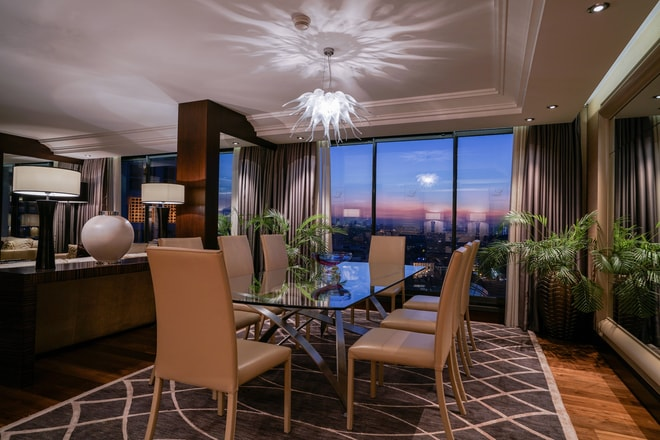 Lugal Suite - Dining Room