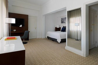 Executive Room - King Bed