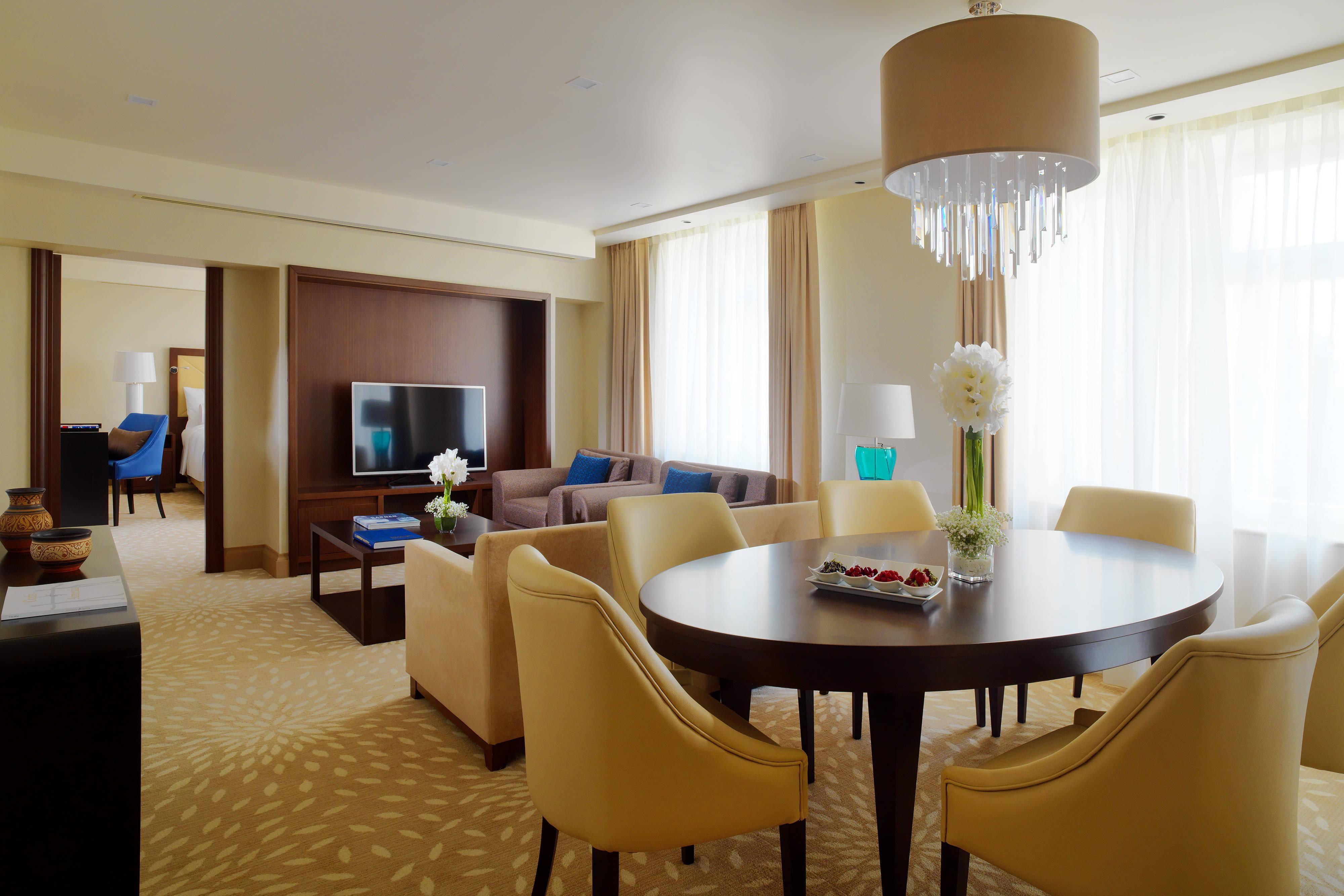 Suites en Ereván - Suite de lujo de Marriott