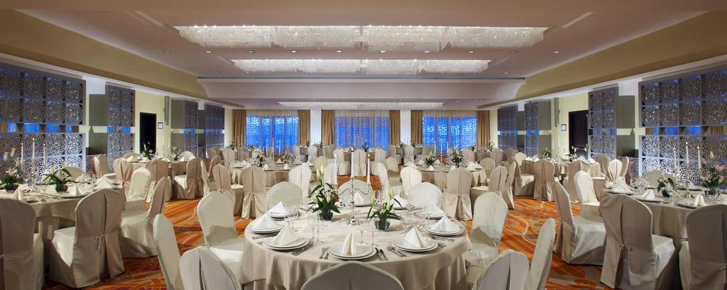 Банкетный зал Masis – свадебная рассадка