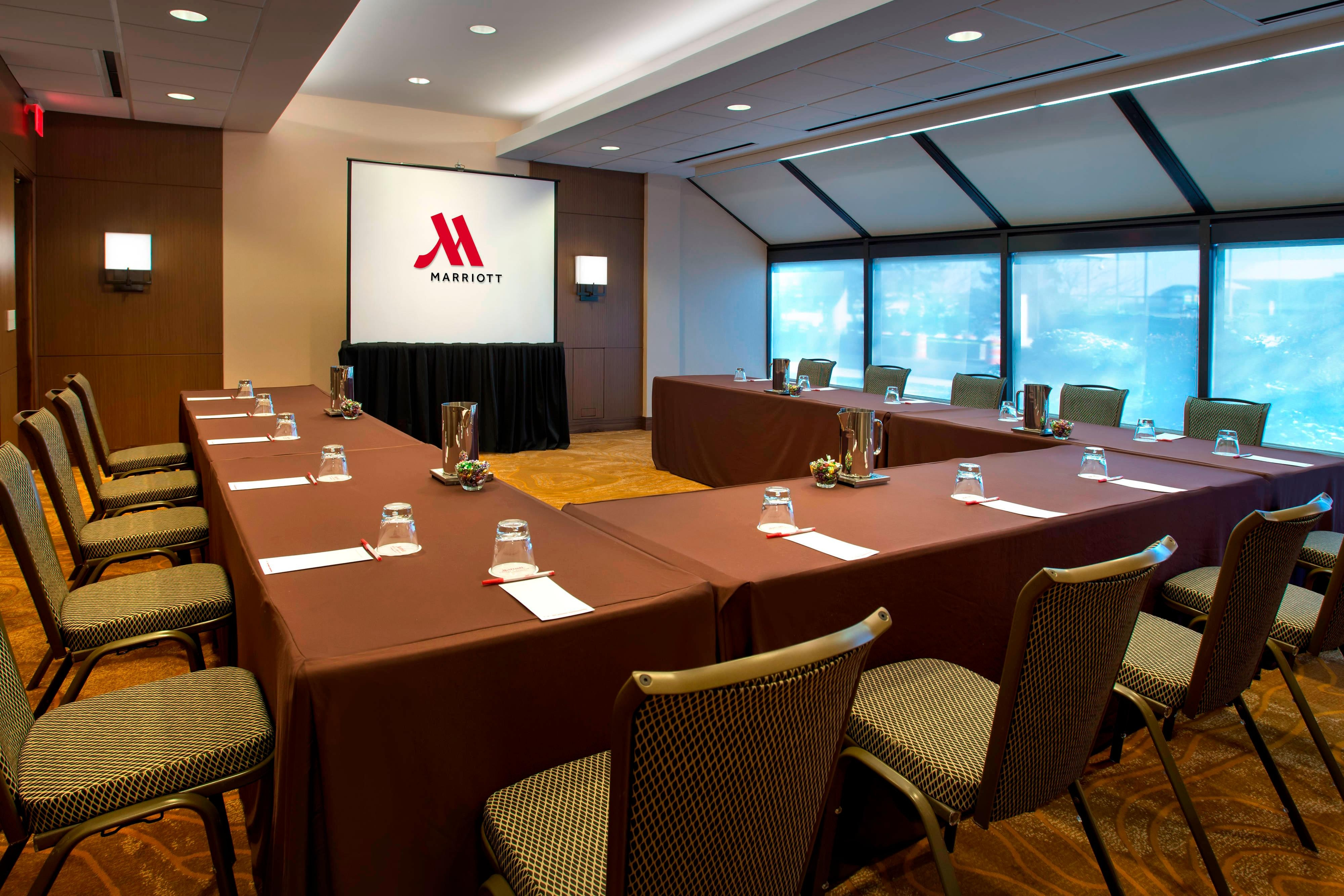 Newark New Jersey meeting rooms