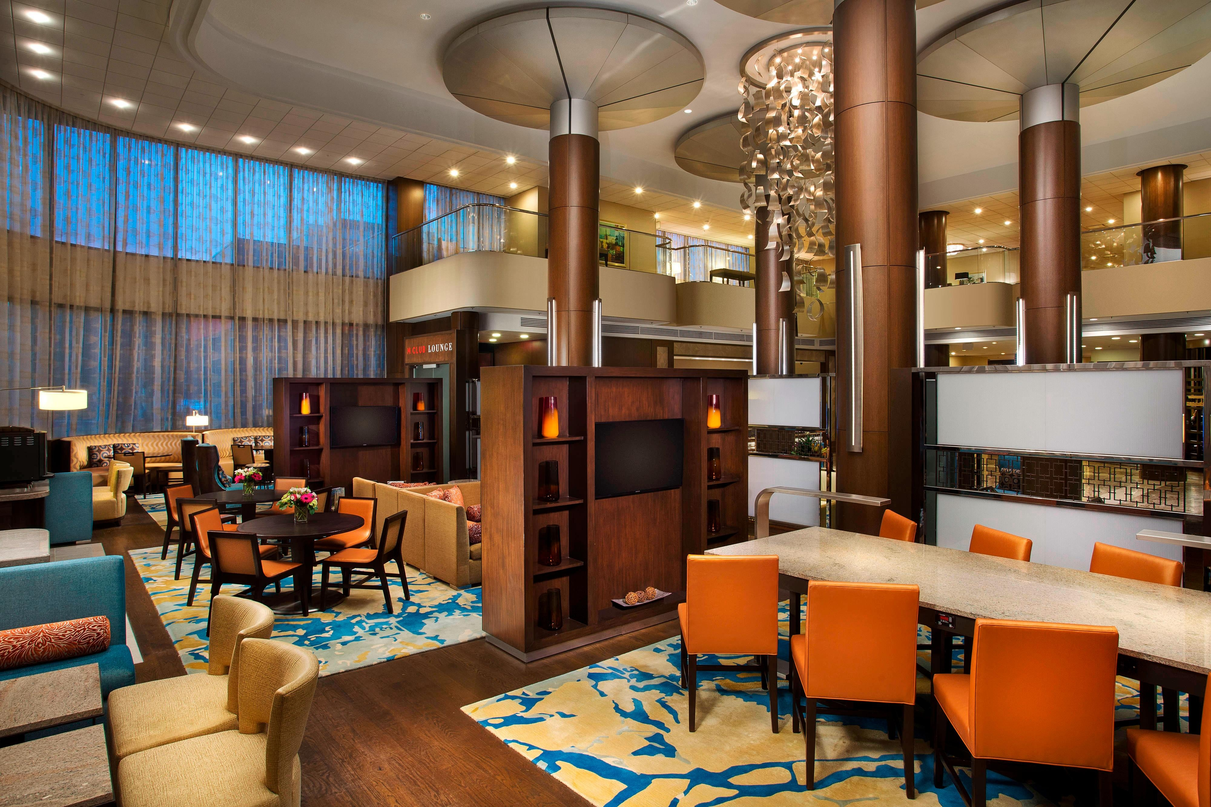 M Club Lounge - Multi-Function Seating Area