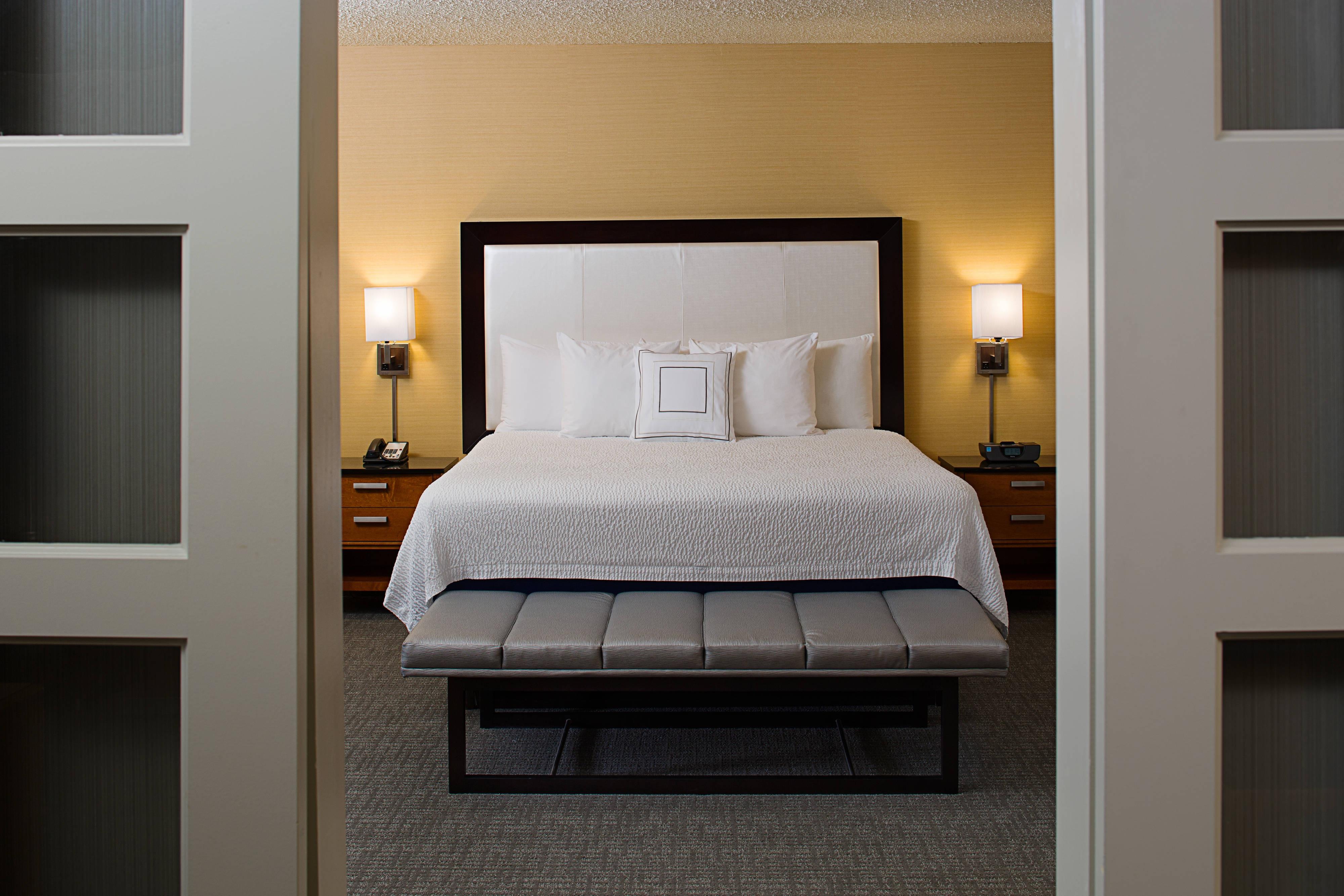 Chambre de la suite avec très grand lit
