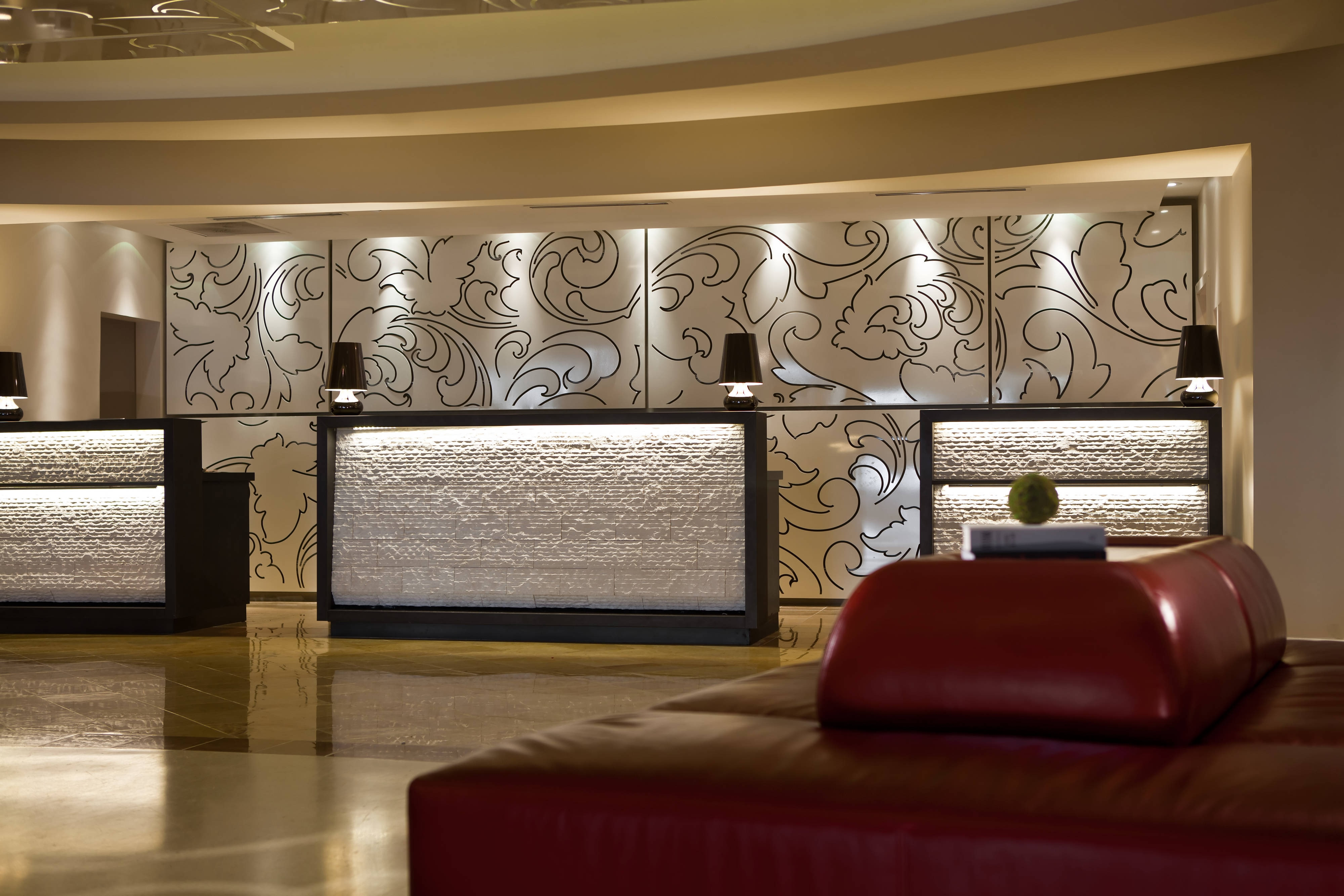 Newark airport hotel front desk