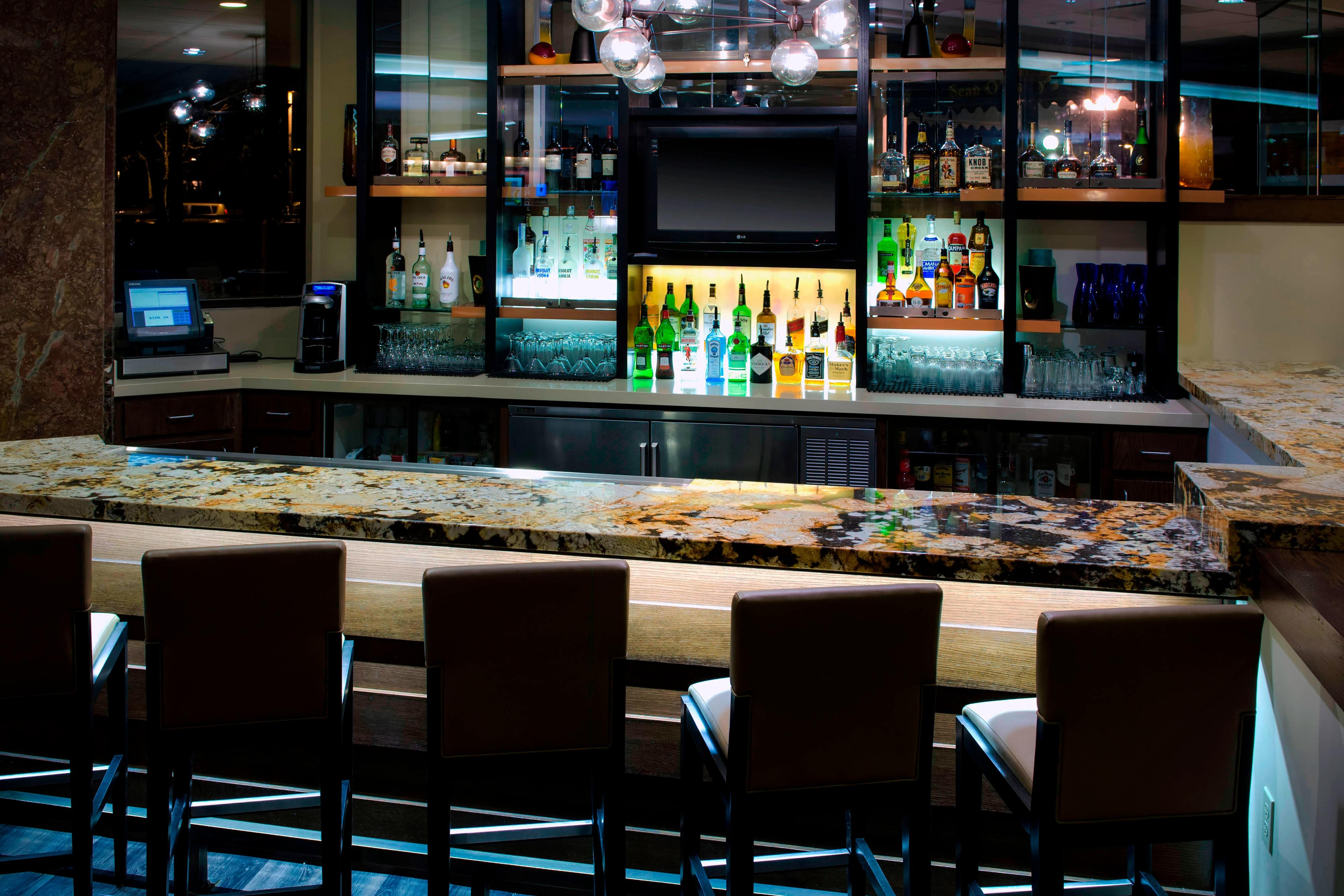 Woodcliff New Jersey hotel bar