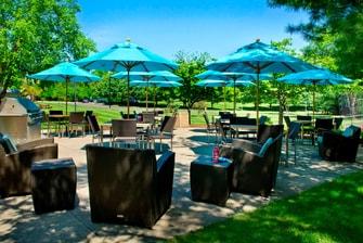 Parsippany NJ Hotel Outdoor Patio