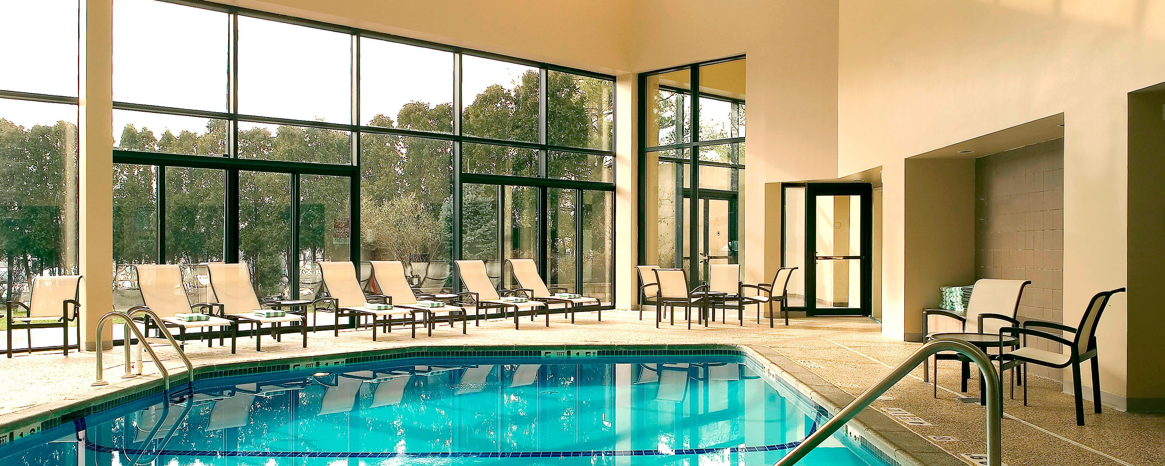 Hotels In Edison Nj With Indoor Pool And Gym Sheraton Edison