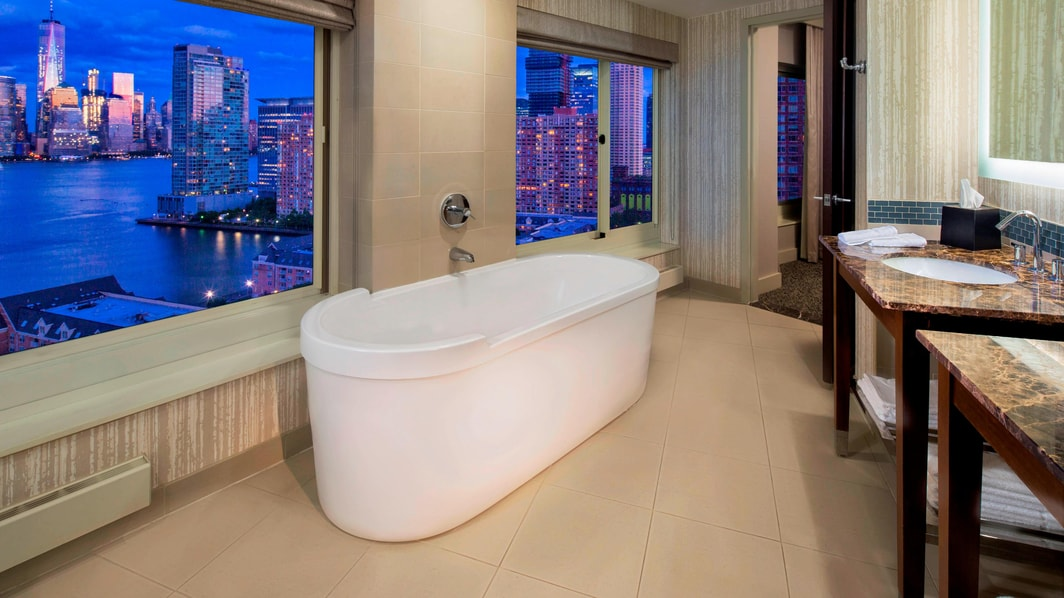 Newport King Bathroom