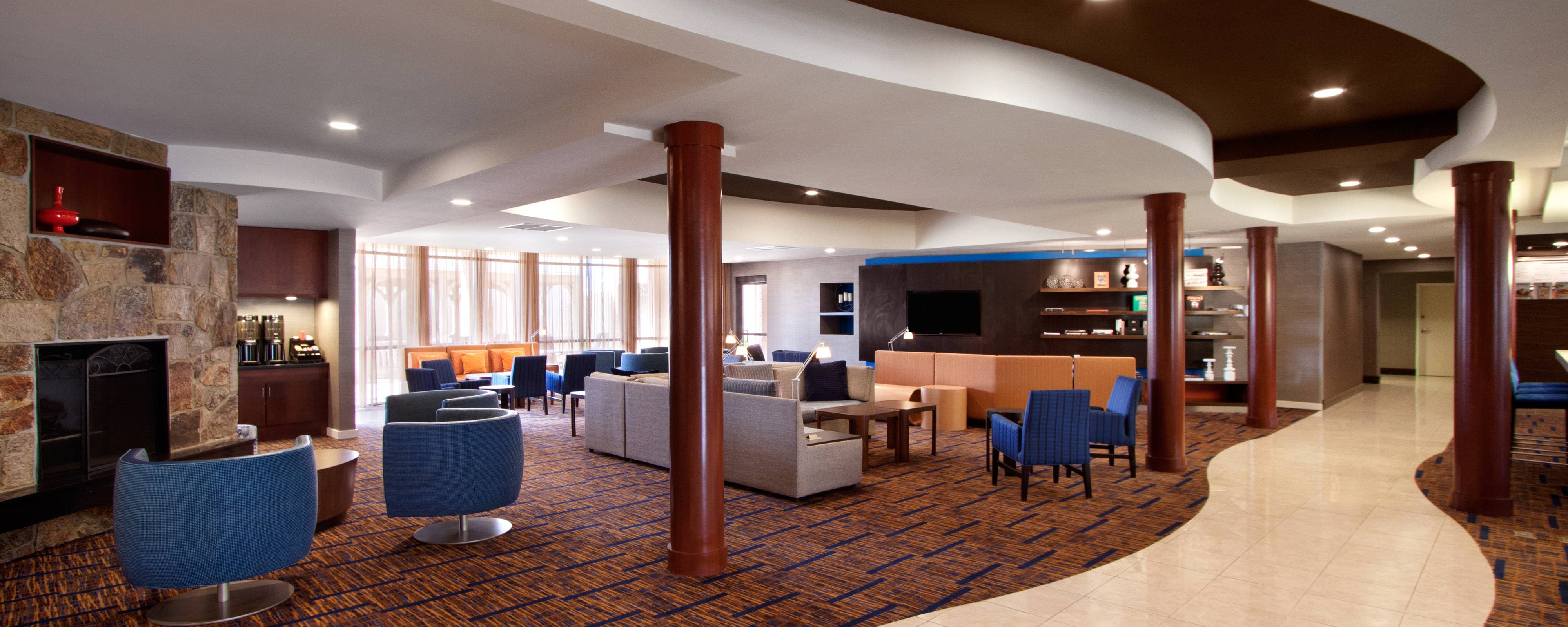 Lobby – Hotels in West Orange, NJ