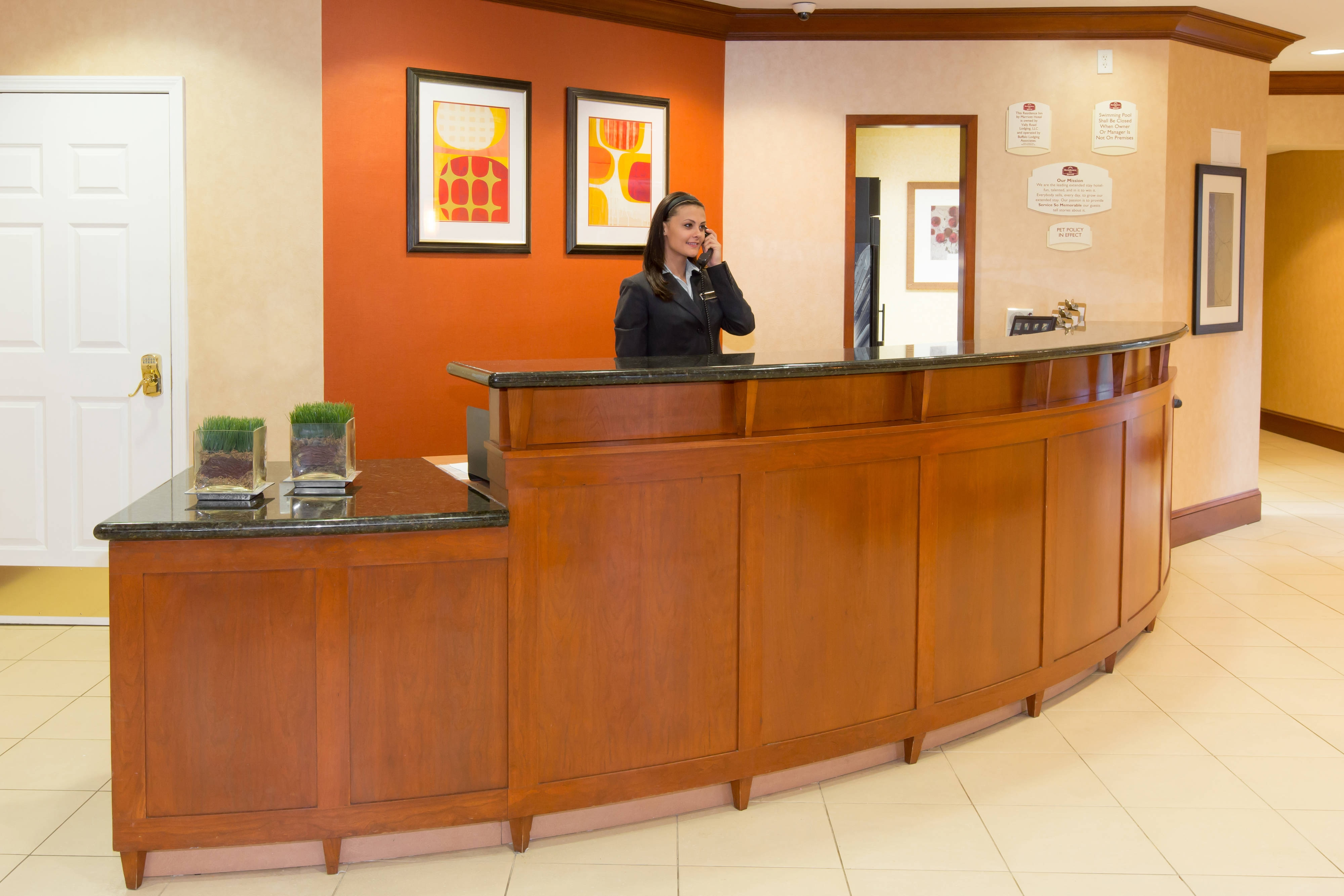 New Jersey Hotel Front Desk