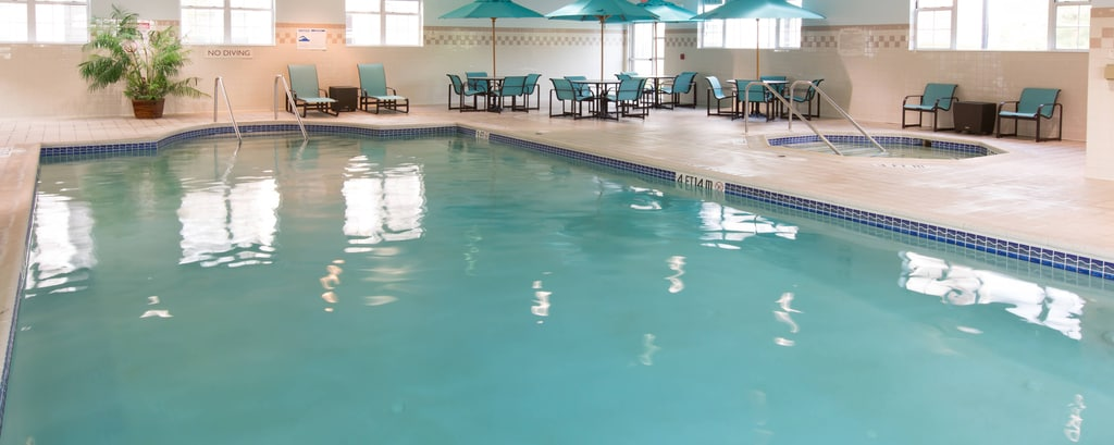 Wayne New Jersey Hotel Pool