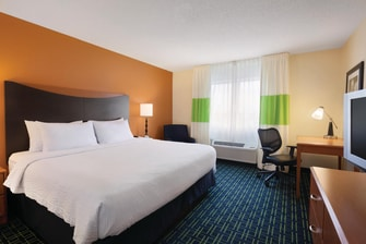 king hotel room fargo nd