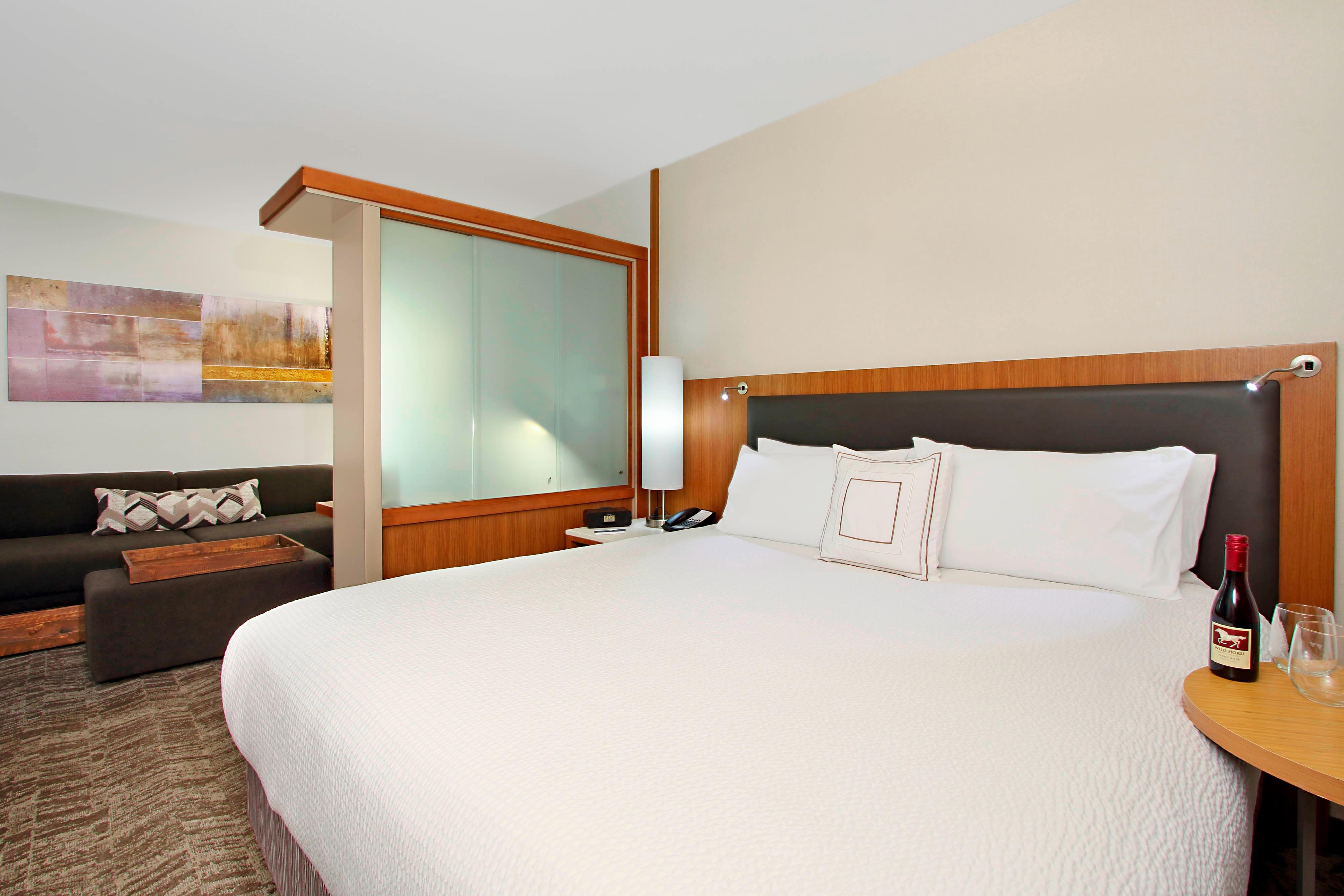 Suite avec très grand lit double