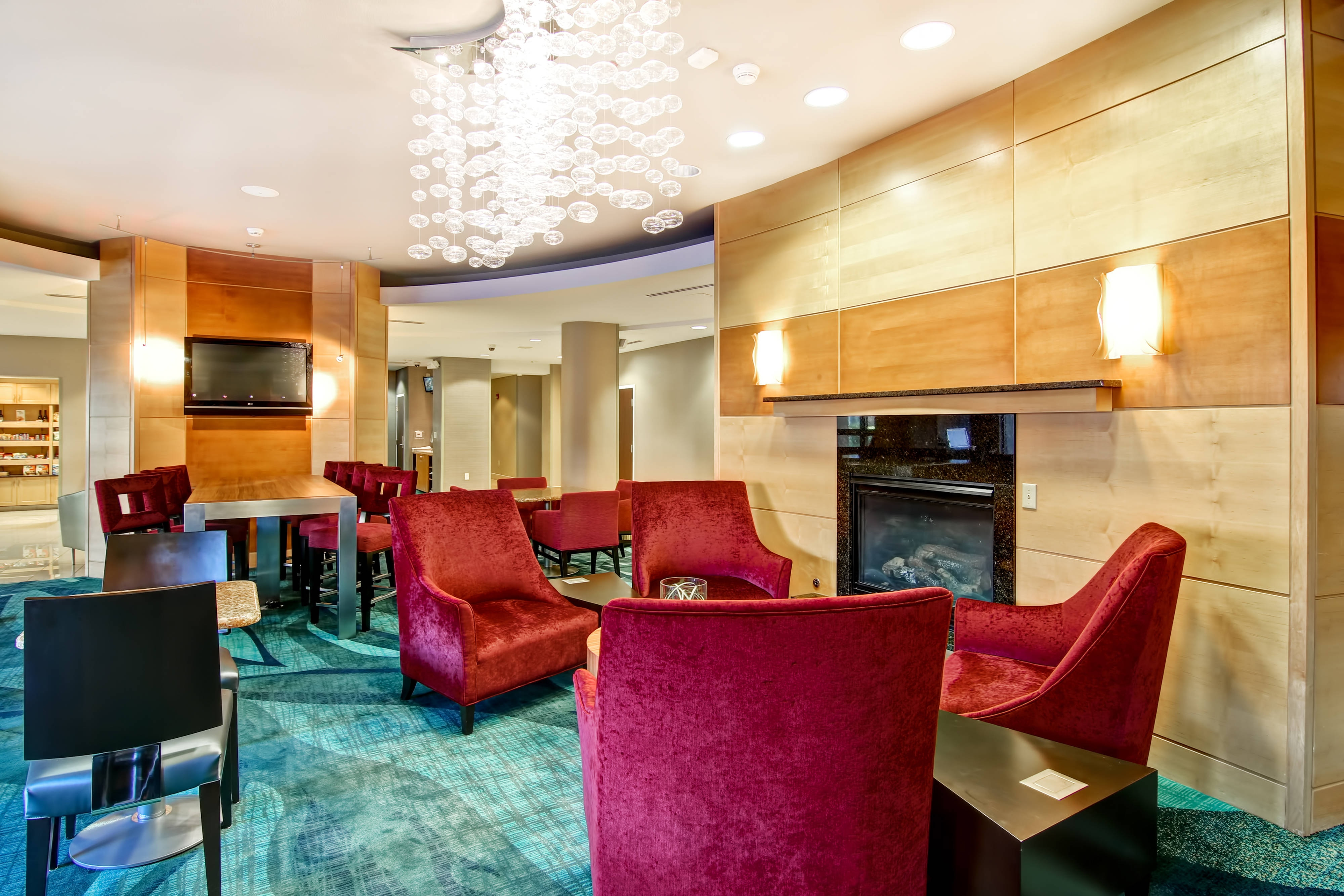 hotels in fresno ca