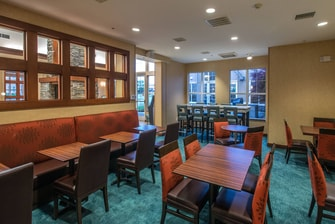 Dining area  Residence Fayetteville Hotel