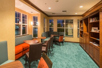 Lobby Library at the Residence Inn Fayetteville with free Wi-Fi