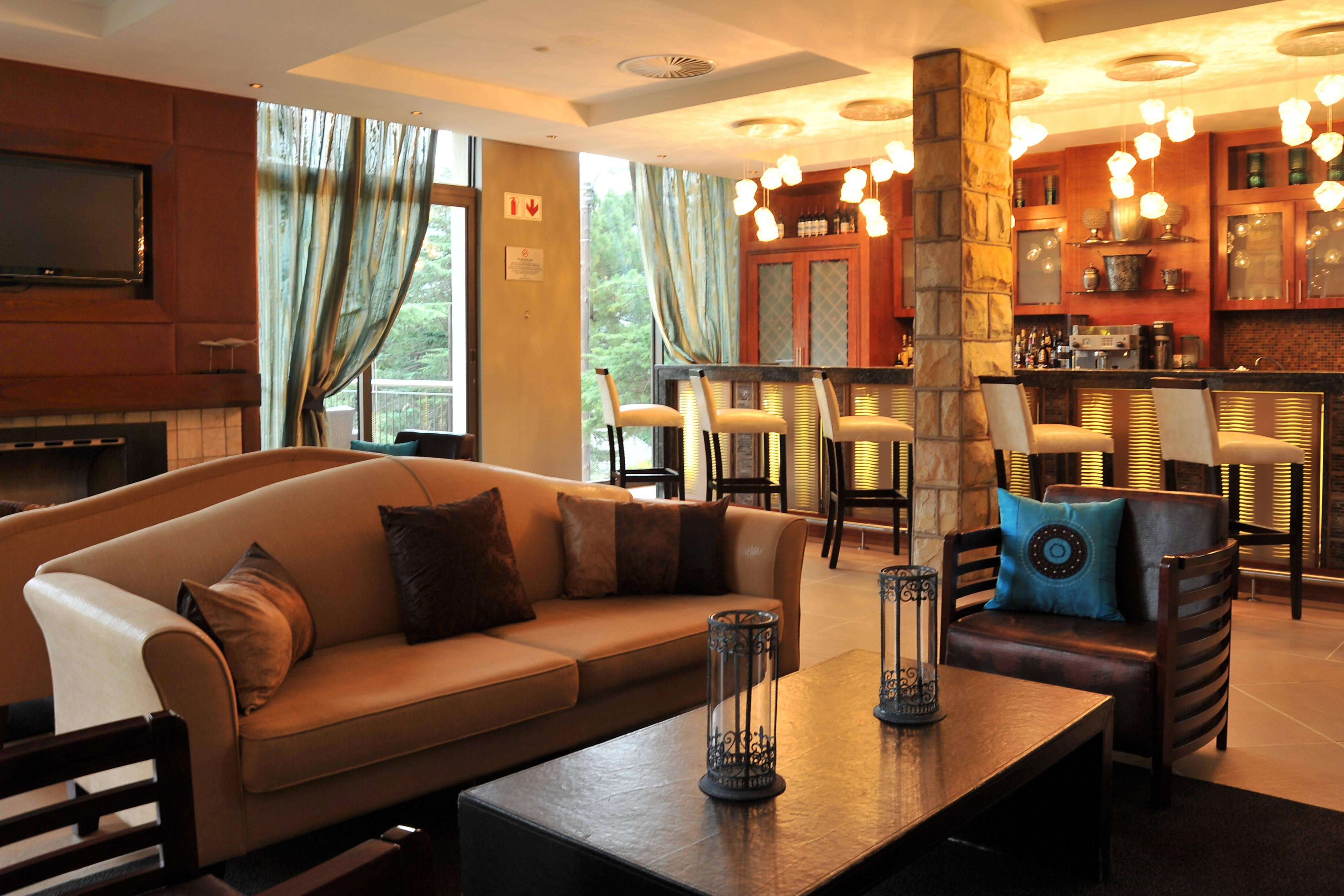 Hotel Bar and lounge area