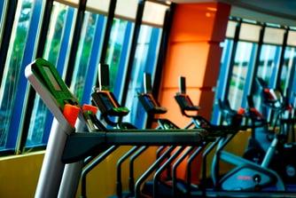 مركز اللياقة البدنية - صالة الألعاب الرياضية