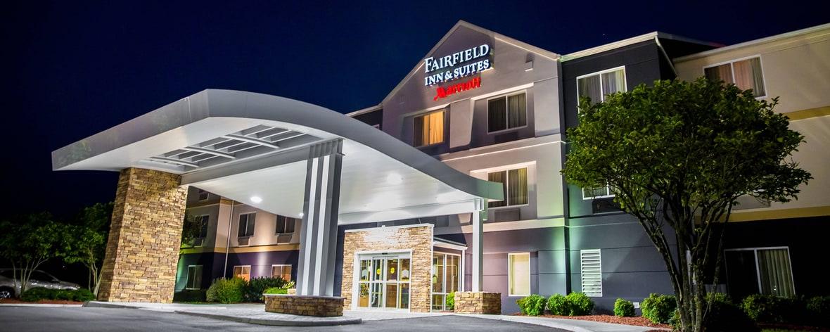 hotels in fredericksburg va fairfield inn suites. Black Bedroom Furniture Sets. Home Design Ideas