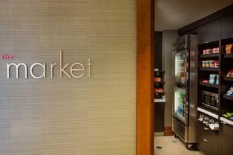 Mercado abierto las 24 horas en el Courtyard Fort Lauderdale Beach