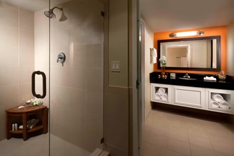 Fort Lauderdale luxurious hotel bathroom