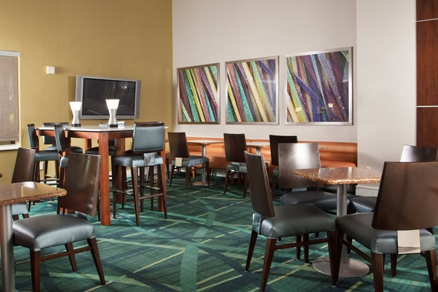Fort Lauderdale Hotel With Free Breakfast