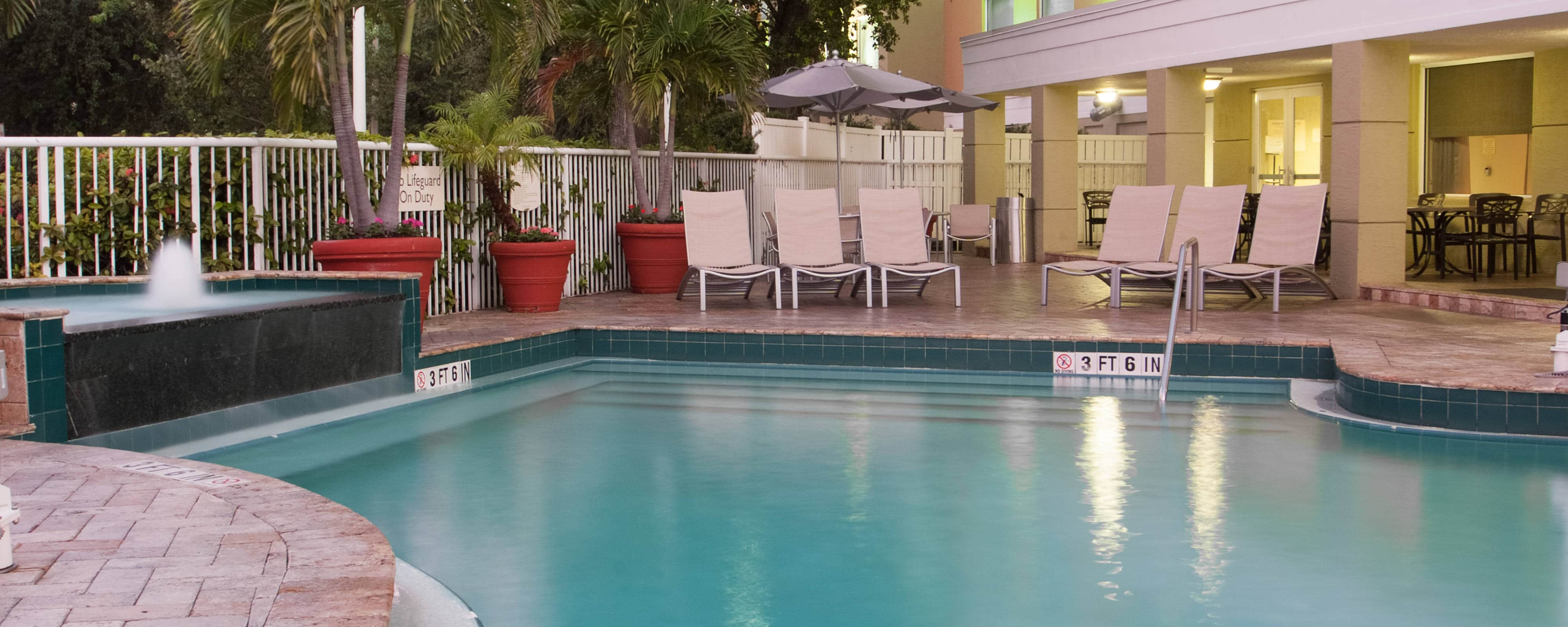 Fort Lauderdale Hotel Outdoor Pool