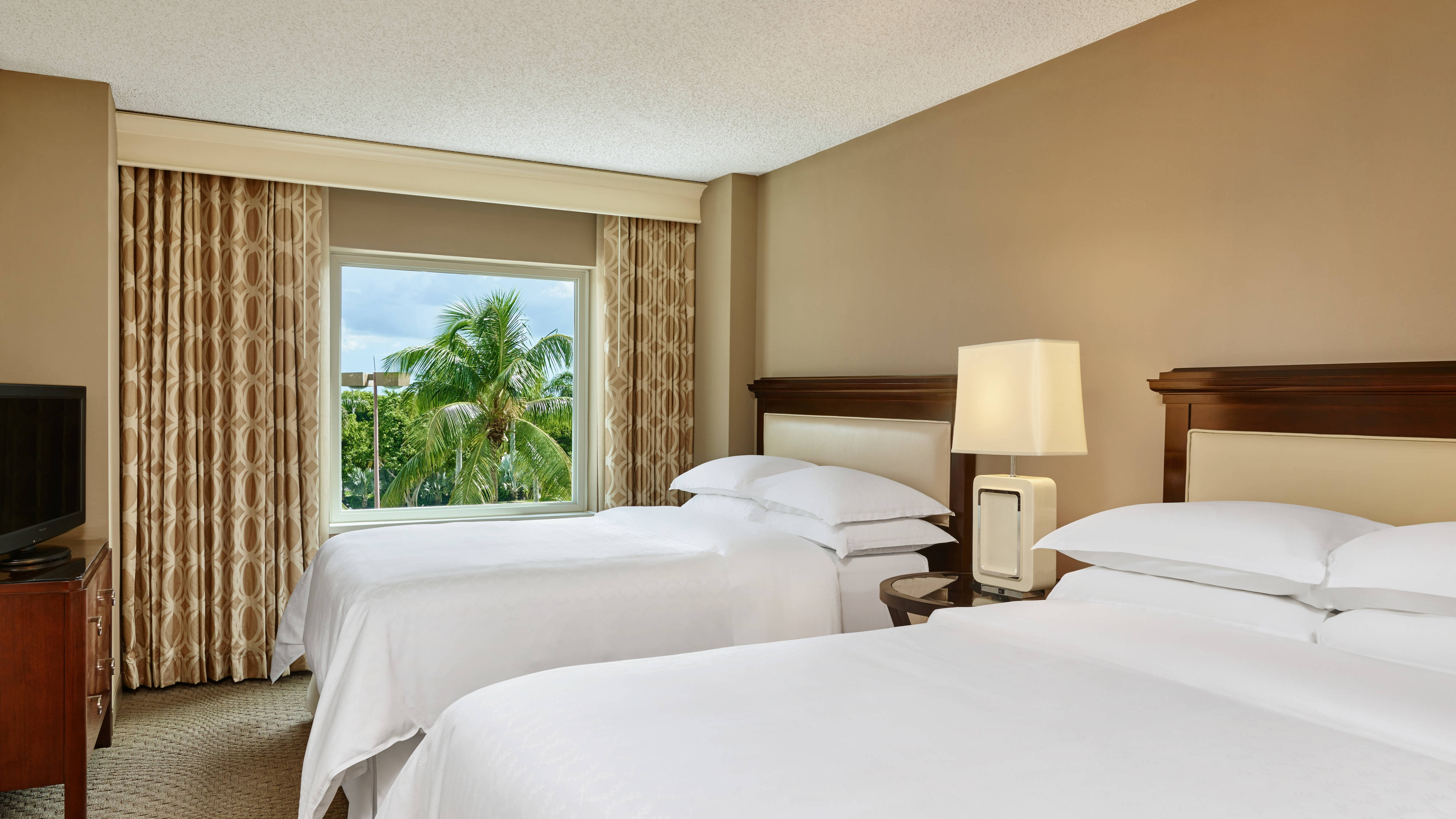 Traditional Double - Double Suite