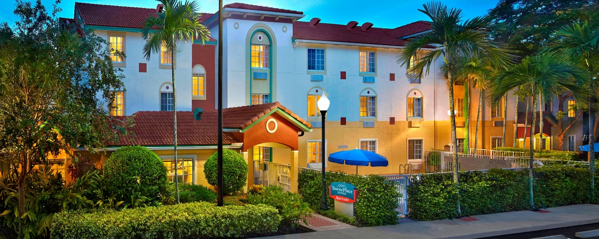 Extended Stay Hotel in Fort Lauderdale - TownePlace Suites Weston