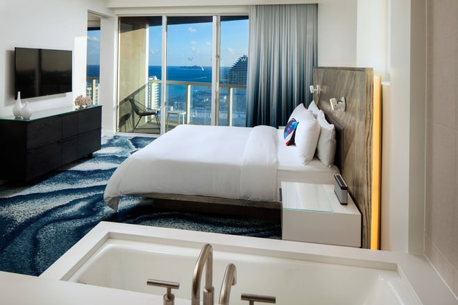 Spectacular Residence Guest Room