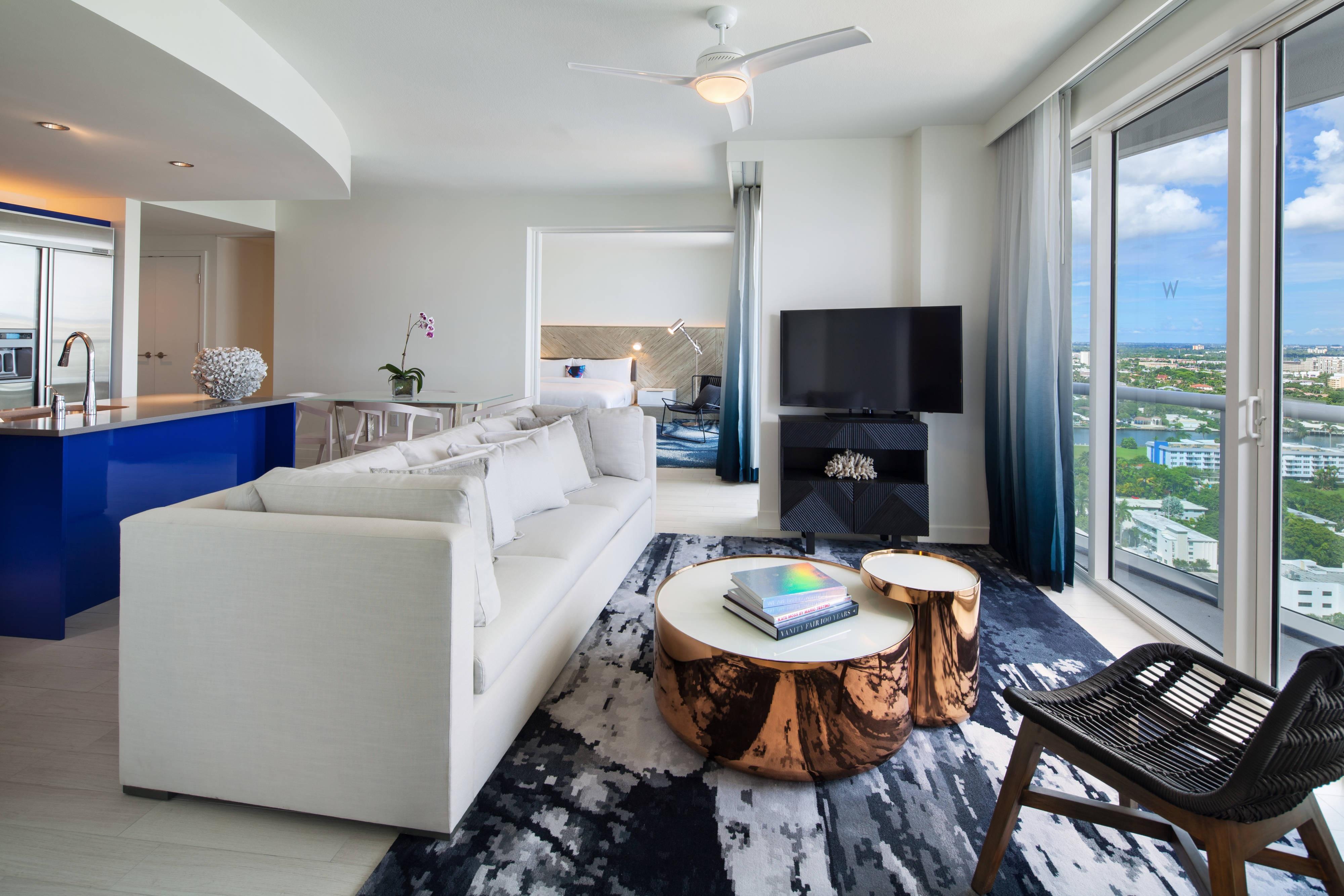 Cool Ocean View Residential Suite - Living Room