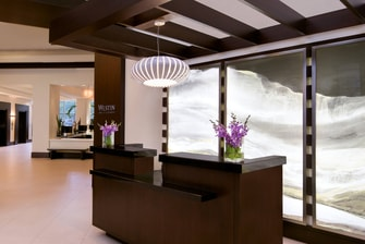 Lobby - front Desk area