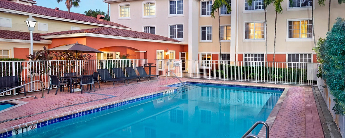 Extended Stay Hotel in Fort Lauderdale - Residence Inn Weston