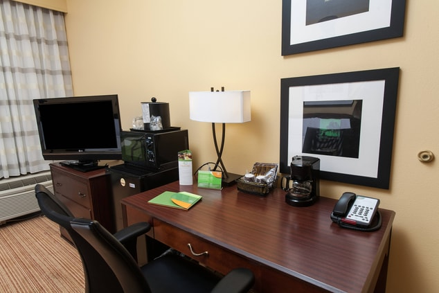 Courtyard Marriott Florence Guest Rooms