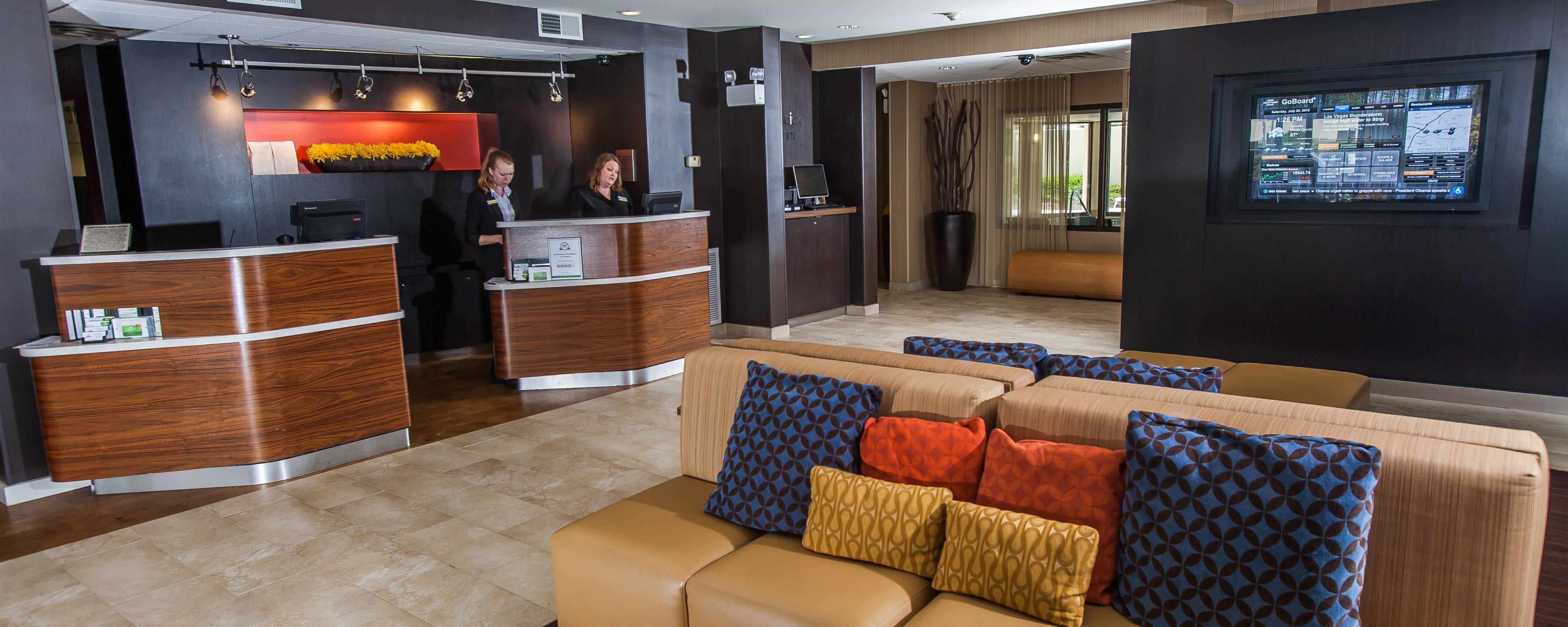 Courtyard Marriott Florence Lobby