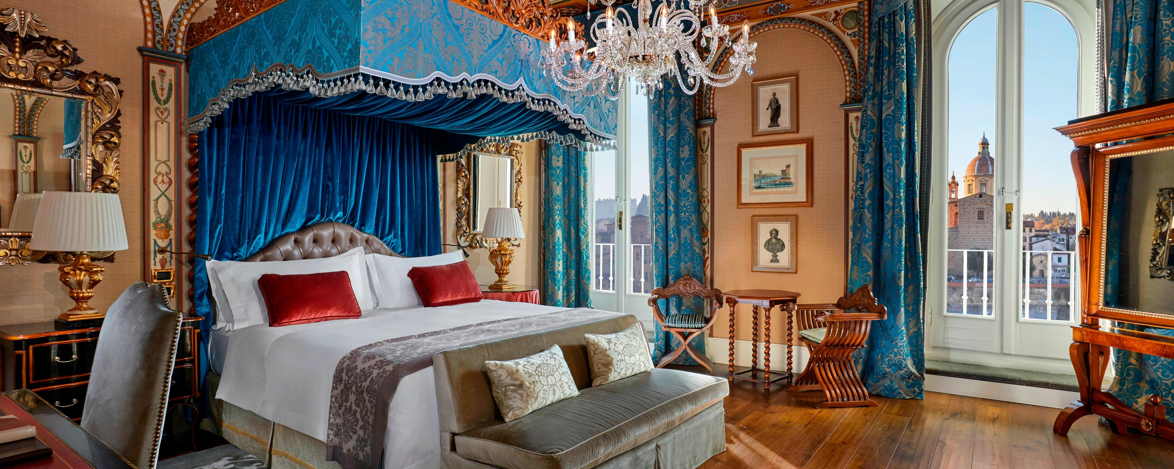 Royal Suite Gioconda Bedroom - Renaissance style